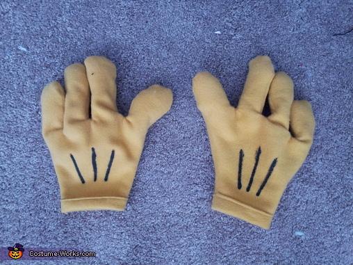 My Hands!, Roger Rabbit Costume