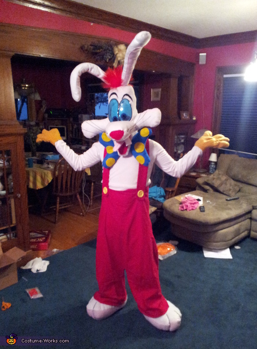 Finished Costume!!!!!!, Roger Rabbit Costume