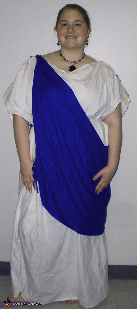 Ancient Roman Woman Costume