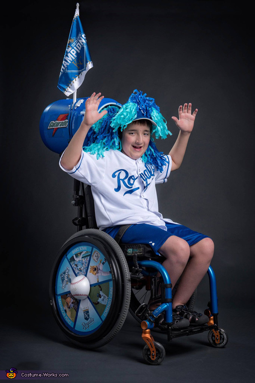 Royals Salvy Splash Costume