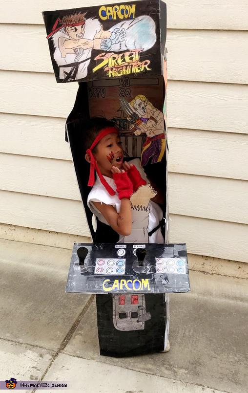 Ryu Street Fighter Arcade Machine Costume
