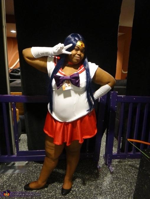 Sailor mars pose, Sailor Mars Costume