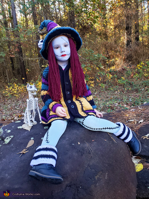 Sally Witch sitting 2, Sally Witch Costume