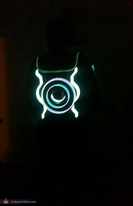 Sam Flynn Identity Disc, Tron Legacy Sam Flynn and Quorra Costume