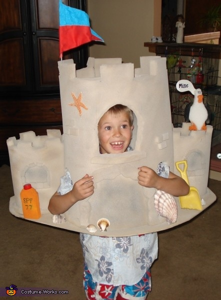 Sandcastle - Homemade costumes for boys