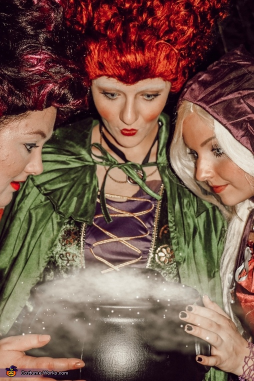 It's just a bunch of hocus Pocus, Sanderson Sisters Costume