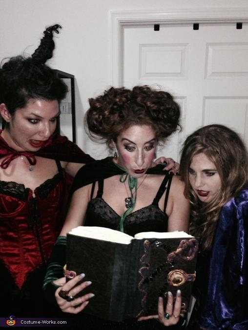 BooooOOOOOk!!, Sanderson Sisters from Hocus Pocus Group Costume