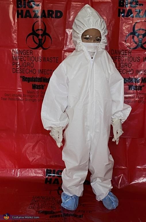 Scientist Skylar, SARS-CoV-2 And The Scientist Costume