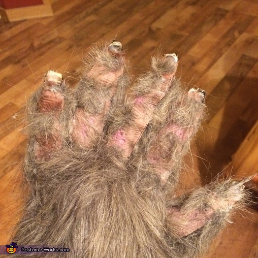 His hands, Sasquatch Costume