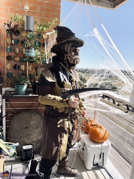 Profile view, Scarecrow Costume