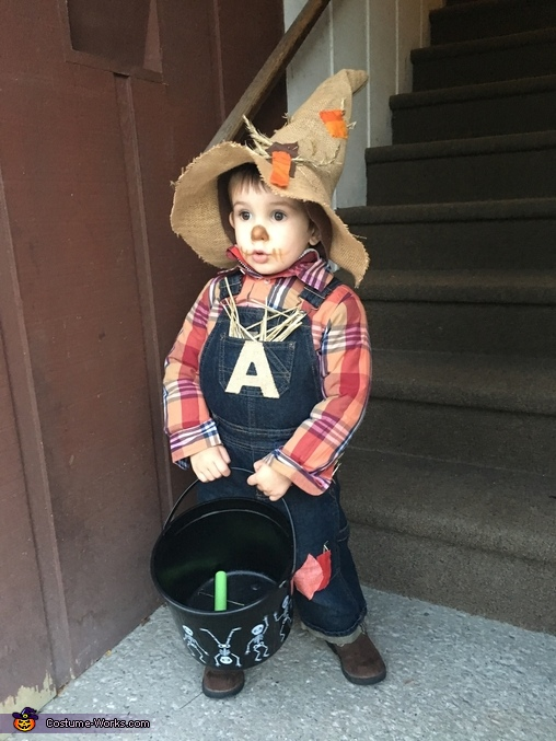 """A"" the Scarecrow Costume"