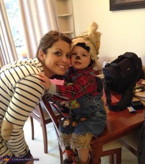 DIY Scarecrow Baby Costume