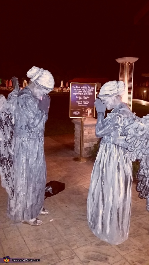 being statues outside a casino to see if we look 'real', Scary Angel Statues Costume