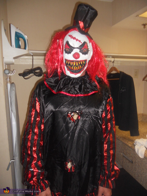 Halloween Clown.Scary Clown Halloween Costume
