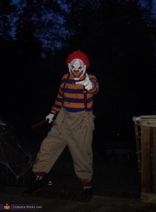 Scary Clown Adult Costume DIY