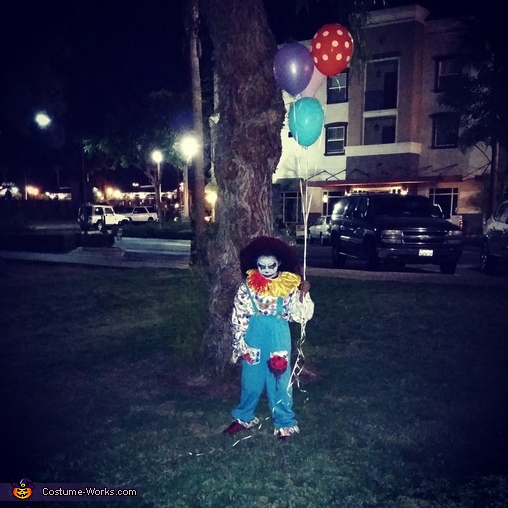 Scary Clown Costume For A Boy No Sew