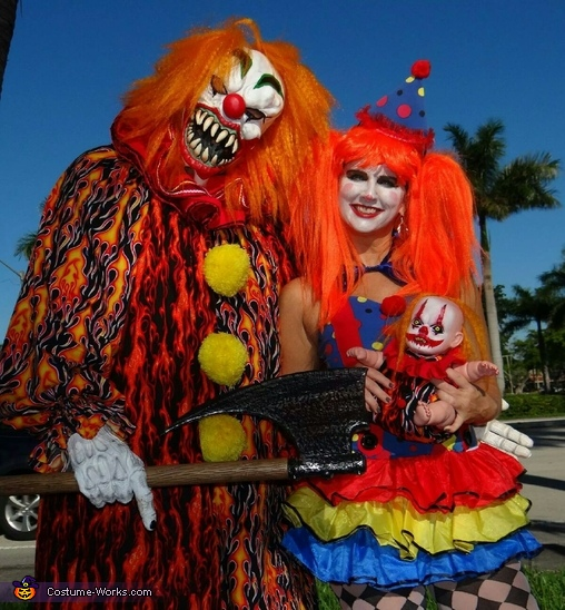 Scary Clown & Nice Clown Couple Costume