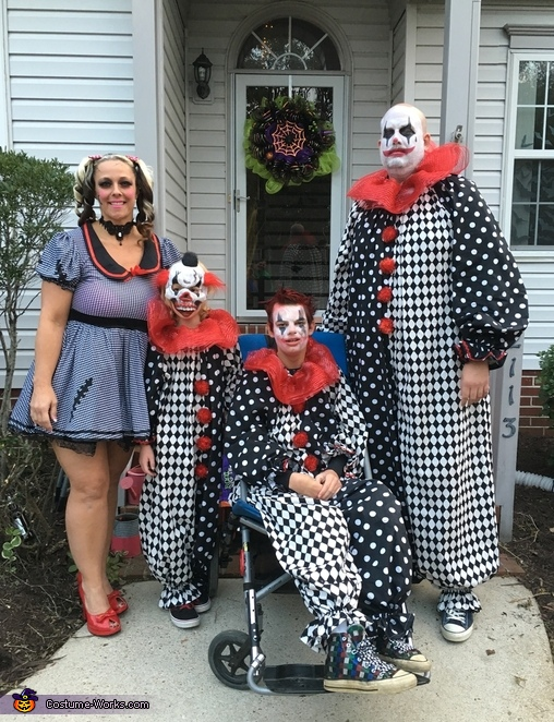 Scary Clowns Costume