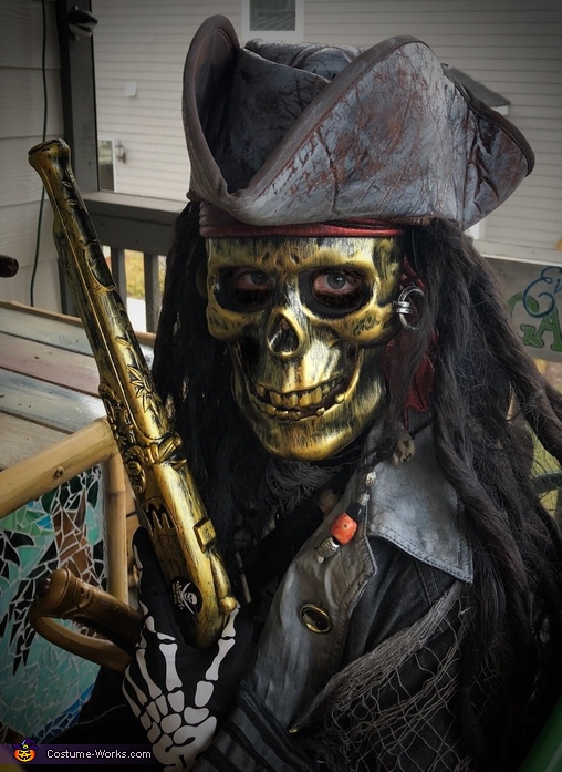 Scary Ghost Pirate Costume