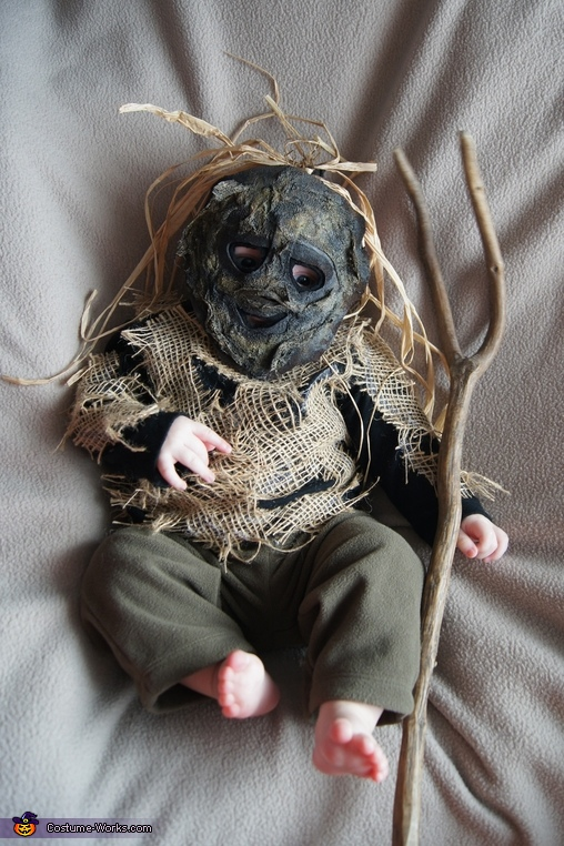 Scary Scarecrow - Homemade costumes for babies