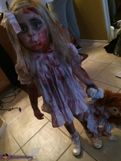 2 year old zombie, Scary Zombie Family Costume