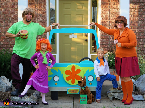 Scooby-Doo! Family Homemade Costume