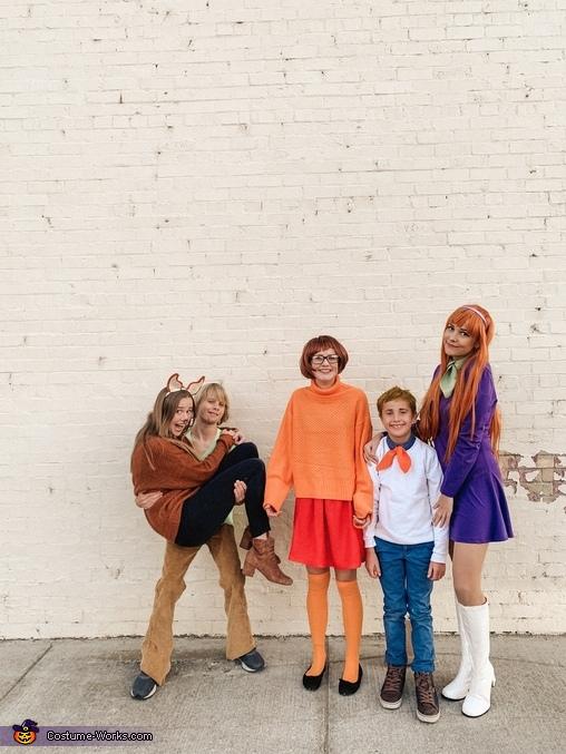 Where's the mystery machine?, Scooby Doo Crew Costume