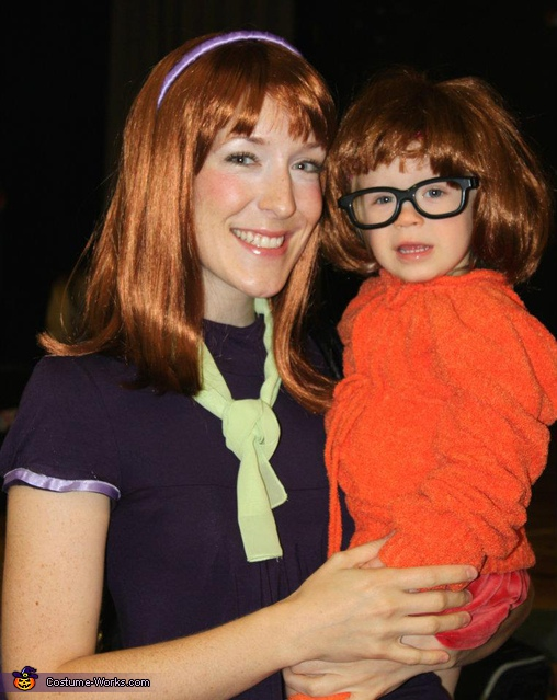 Scooby Doo Gang Family Costume - Homemade costumes for families
