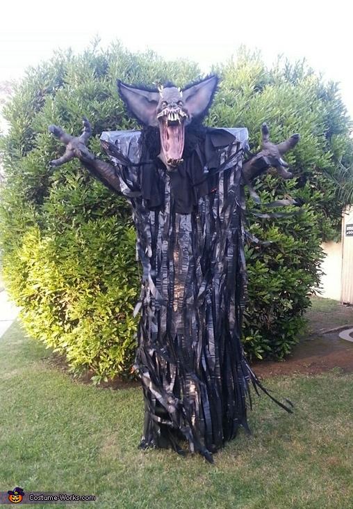 """Screech"" Costume"