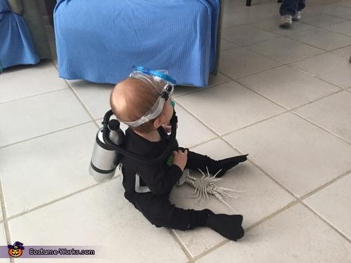 DIY Scuba Diver Baby Costume