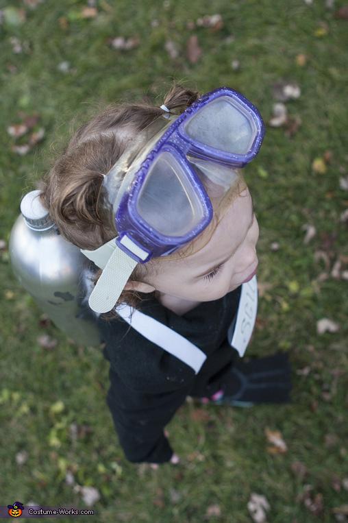 Scuba Diver Toddler: from above, Scuba Diver Toddler Costume