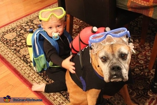 Best Buds, Scuba Divers Costume