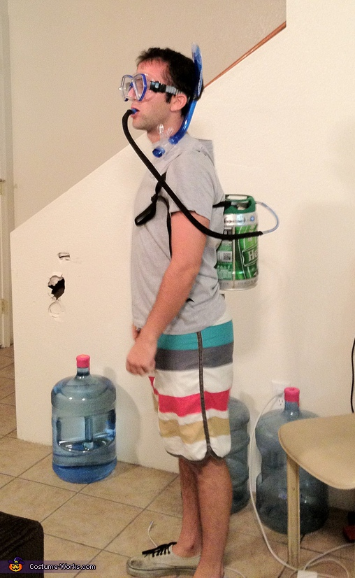 Scuba Keg - Homemade costumes for men