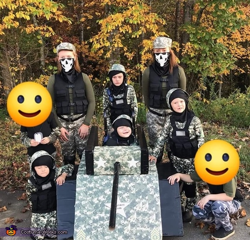 The whole gang, Sergeant Liam and his platoon Costume