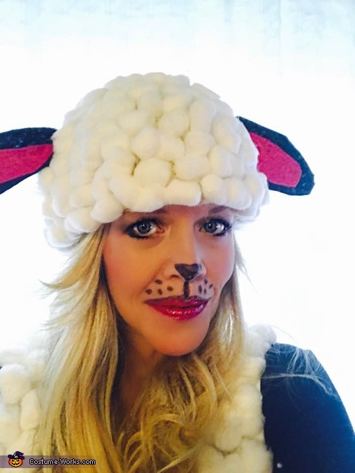 Adult DYI Sheep close up, Sheep Costume