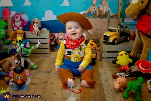 Let's have some fun, Sheriff Woody Costume