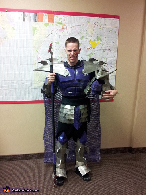 costume on me with scare on face, TMNT Shredder Costume