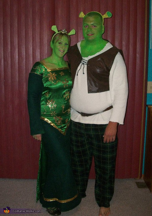 shrek and fiona couple halloween costume. Black Bedroom Furniture Sets. Home Design Ideas