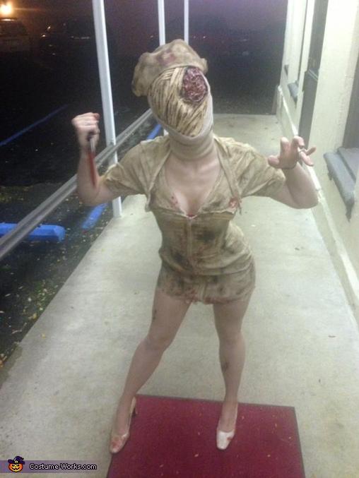 ee5ed21e16eeb Silent Hill Nurse and Pyramid Head Couple Costume - Photo 4/9