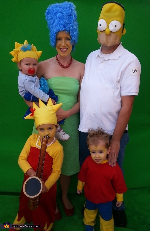 The Simpsons Family Costume  sc 1 st  Costume Works & The Simpsons Family - Costume Works