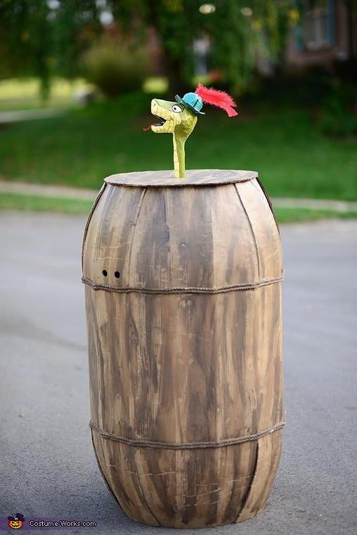Sir Hiss in Barrel Costume