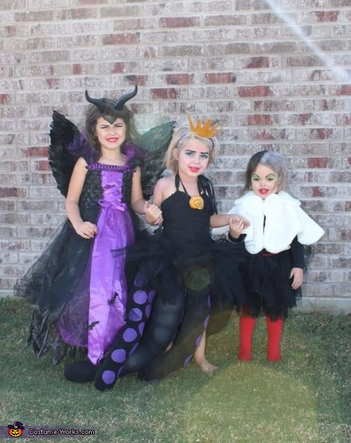 Sister Villains Costume