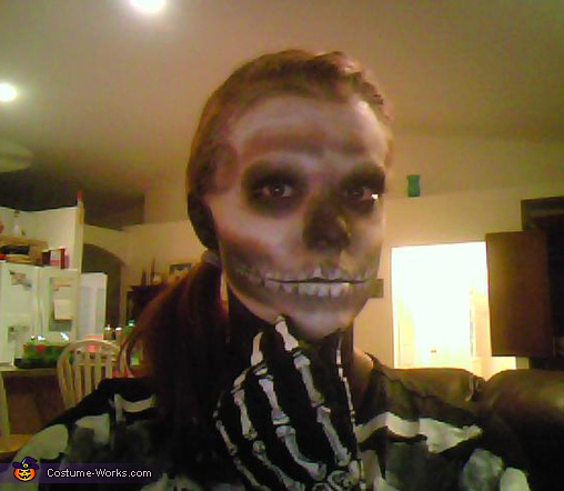 facial close-up, Skeleton Costume