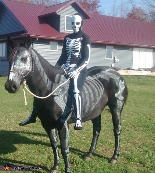 Skeletons Costume