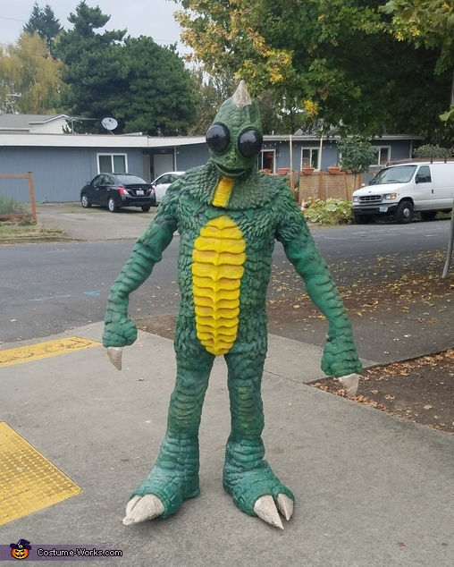 Sleestack Costume