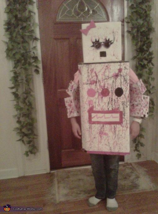 Smarty Robot is dancing, Smarty Robot Costume