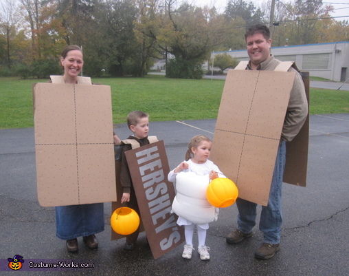 Smore's Family Costume