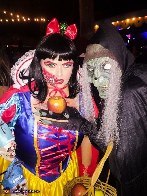 Snow Fright and the Old Hag, Snow Fright & the 7 Dead Dwarfs Costume