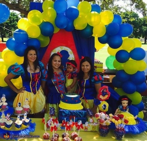 mommy and aunties snow white, Snow White Baby Costume