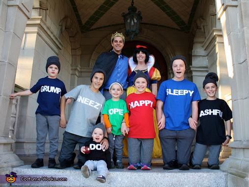 Snow White and the Seven Dwarfs Costume